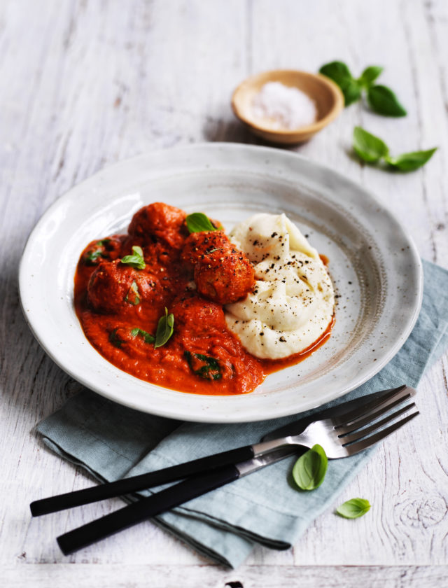 Tender organic free-range pork & fennel meatballs slowly cooked in a classic Italian style tomato & basil sauce served with a creamy cauliflower & parsnip mash.